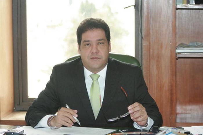 obligatorios en el comité especial de procedimientos administrativos