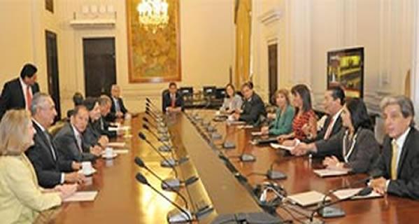 Aprueban normas complementarias para la mejor aplicación del Decreto Supremo N° 023-2014-EF