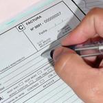 Factoring: no habrá prórroga de plazos para cambiar facturas y recibos por honorarios