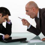 ¿Es delito ordenar que los trabajadores laboren horas extras?