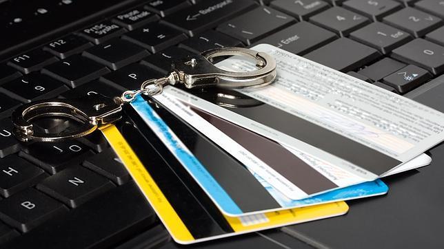 Cuídate de los robos en Internet durante la época navideña